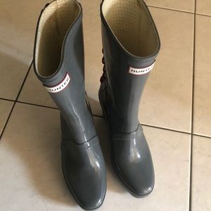 Pre-loved  Hunter grey boots size US 8